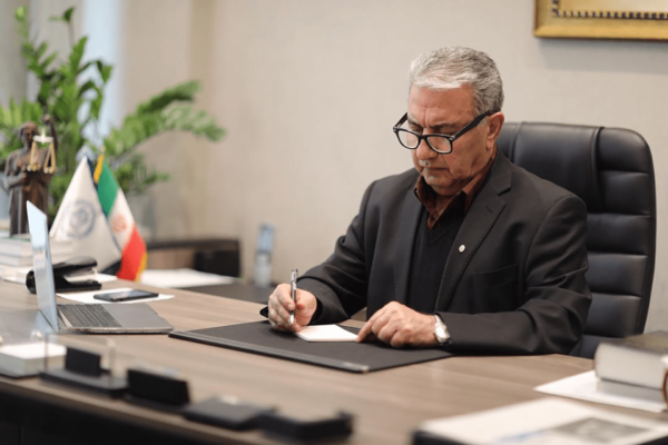 با تشکیل نشدن کمیسیون حقوقی، مجلس از پیشرفت سریع امور باز میماند
